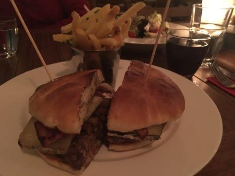 20nisan--ox-burger---gezidil
